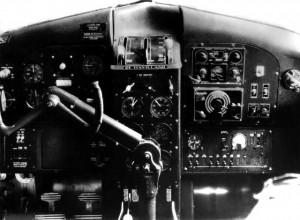 Ph 4.jpg Cockpit